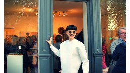 Nuno Roque - art gallery - Vernissage Exhibition Exposition Galerie - The Piano Body - Sculpture - Wearable - Fashion Paris - Moustache Mustache - sunglasses - museum - contemporary art opening show