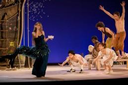 Nuno Roque - Irina Brook - Peter Pan - Théâtre de Paris - Johanna Hilaire - John Darling