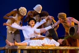 Peter Pan - Irina Brook - Nuno Roque - Théâtre de Paris - John Darling - Lost Boys - Theatre
